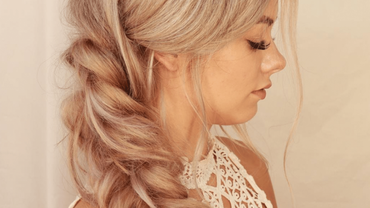 Quickie How To Full Bodied Fishtail Braid On Fine Hair Behindthechair Com