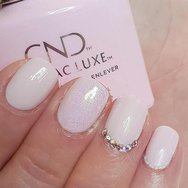 winter nail art cnd shellac luxe aurora