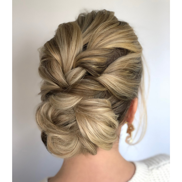 easy updo hairstyle tips from @annette_updo_artist