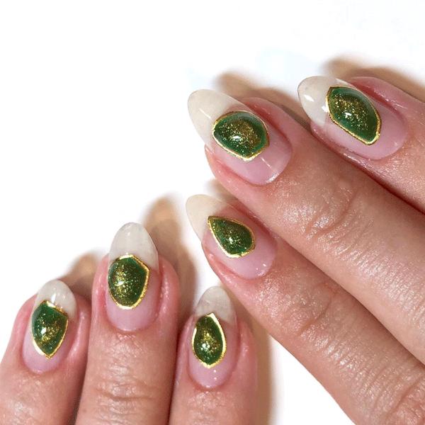 crystal nail art by @i_heart_nail_art