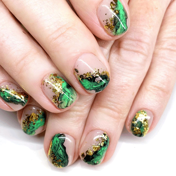 nailthoughts-gold-green-nails