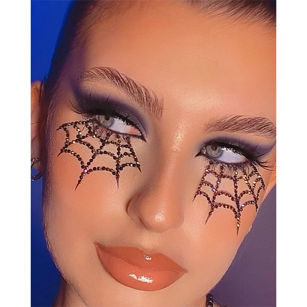 10 Easy Halloween Makeup Looks To Wear With A Mask Eyes Eye Shadow Eyeliner 2020