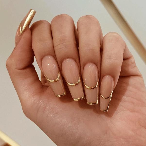 gold-nail-art-_allured