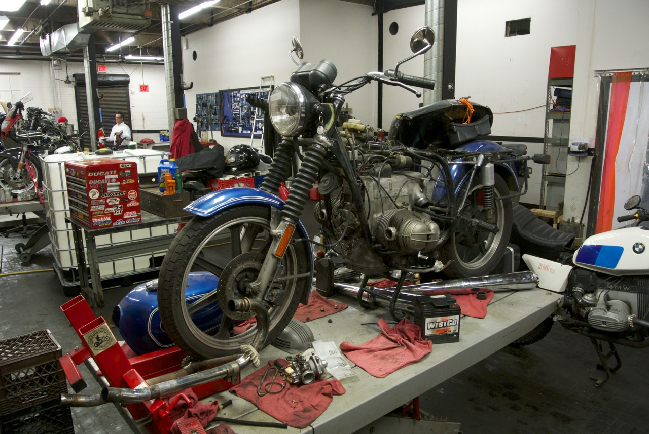 an r75 6 gets a heart transplant behind the moto