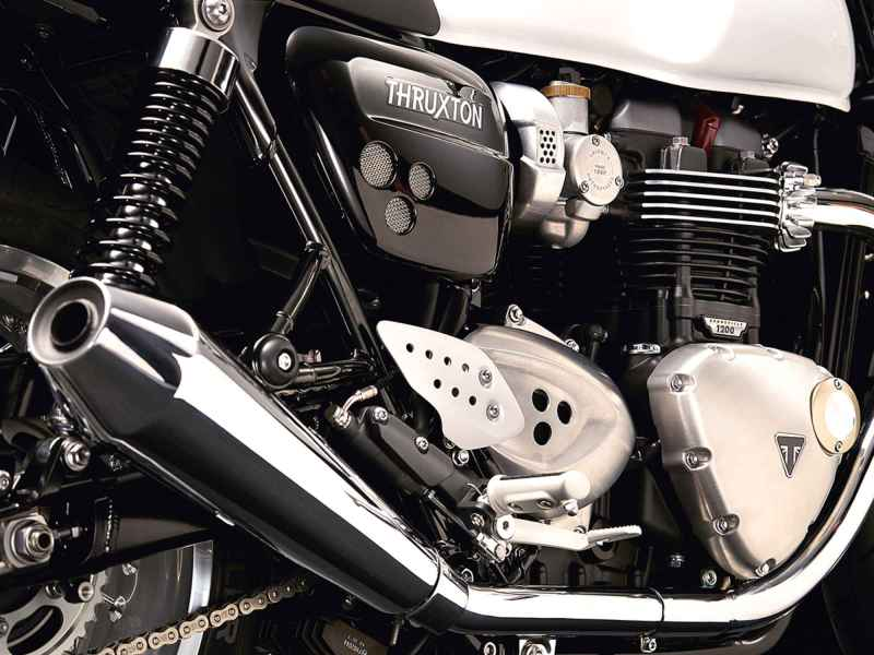 thruxton_detail_engine (1)