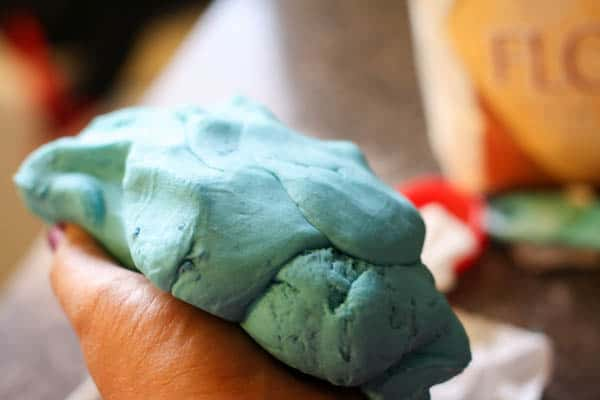 Using Crayola Sidewalk Chalk as a coloring for play dough #ColorfulCreations #cbias #shop