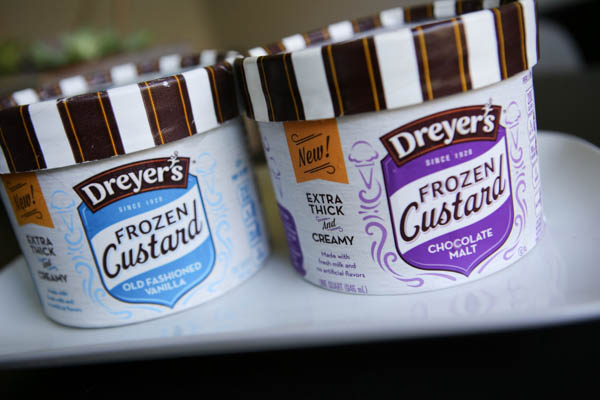 Dreyers Chocolate chip Cookie Frozen Custard Cake #IceCreamHero #ad