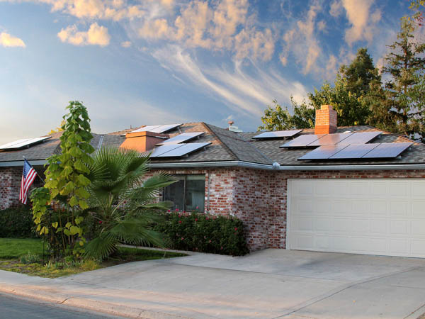 5 Simple ways to promote energy efficiency in your home #SunrunSolar #CG #AD