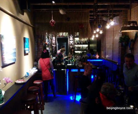 bungalow tiki bar beijing china (3)