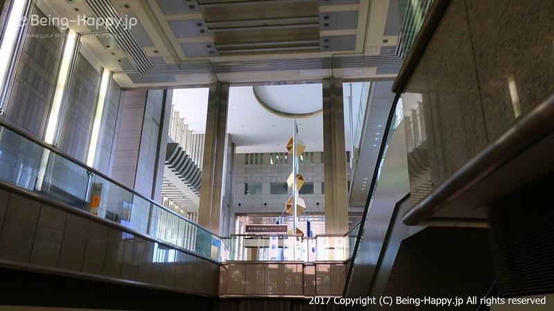 都庁の展望台に向かう途中@西新宿 東京都庁 photo by 茶子(ちゃこ)