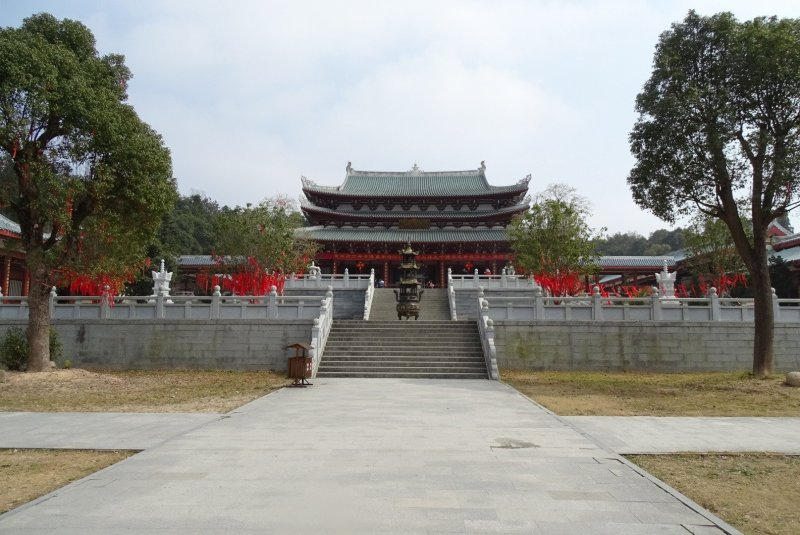 South Shaolin Temple from front