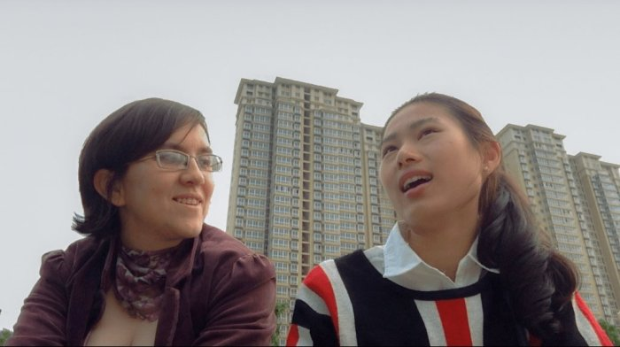 Ola and Michelle Talking in Putian
