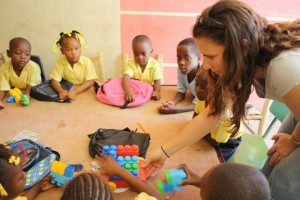 loving fearlessly: Gina teaching in kindergarten