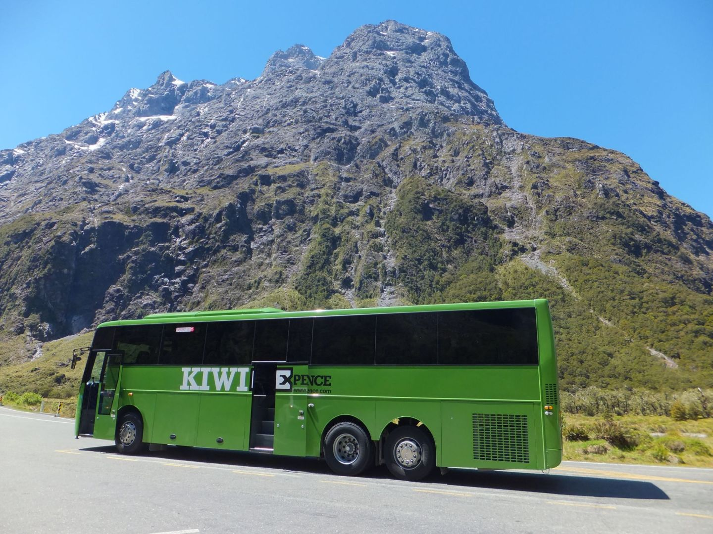 Travelling with Kiwi Experience