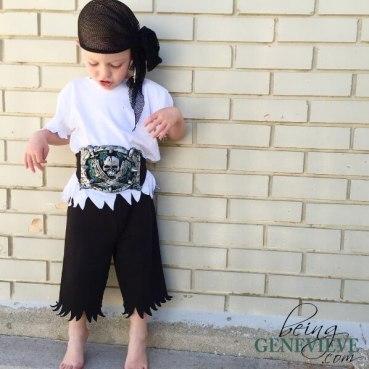 Quick No-Sew Pirate Costume