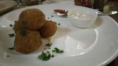 Arancini with sour cream
