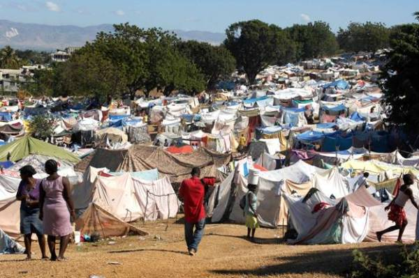Living in Tents - Being Libertarian