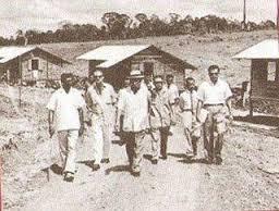 Tun Razak n settlershouses