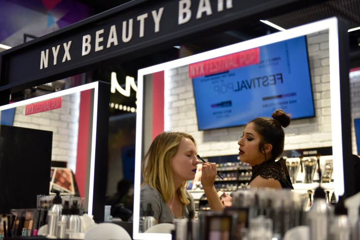 """BLOOMINGTON, MN - APRIL 14: Bloggers got a preview of the new NYX Cosmetics at the Mall of America on April 14, 2016 in Bloomington, Minnesota. (Photo by Jules Ameel/Getty Images for NYX Professional Makeup )"""