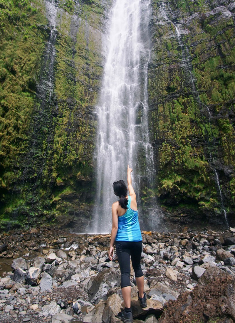 Outfit of the Day: Waimoku Falls (400 Feet Waterfall)