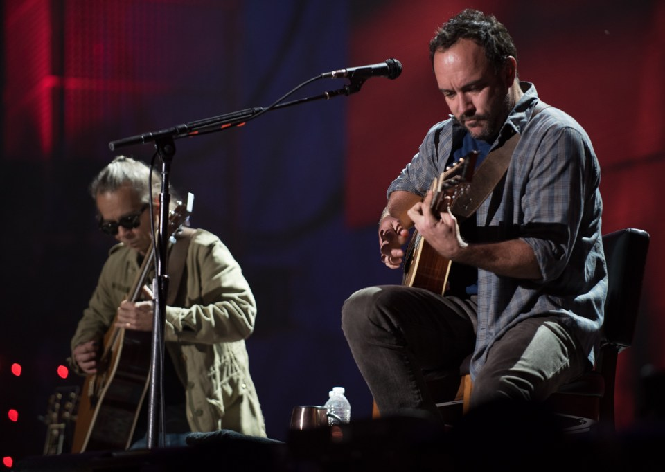 Dave Matthews and Tim Reynolds at Farm Aid 2015-3