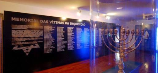 http://www.publico.pt/local/noticia/rede-de-judiarias-projecta-centros-de-memoria-com-financiamento-noruegues-1670289
