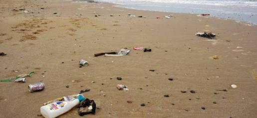 http://greensavers.sapo.pt/2014/09/07/movimento-civico-quer-voltar-a-reactivar-a-tara-recuperavel-das-garrafas-em-portugal/