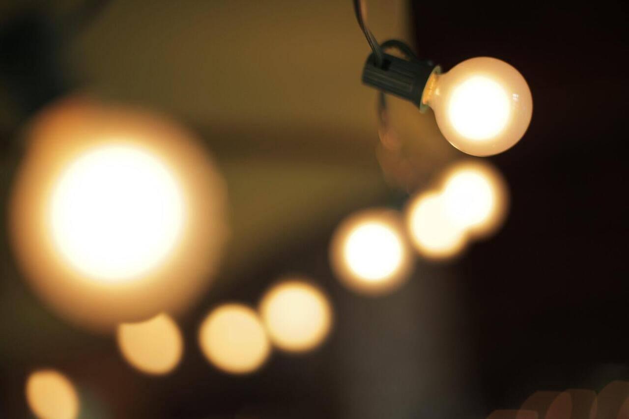 Famílias numerosas podem pedir desconto no IVA da luz a partir de hoje