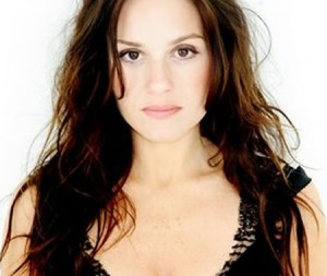 Kara DioGuardi leaving American Idol