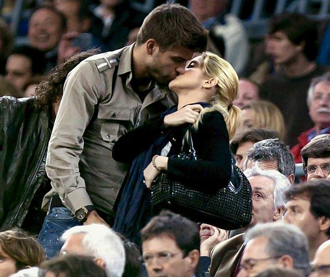 Official: Shakira & Gerard Piqué's Baby Born