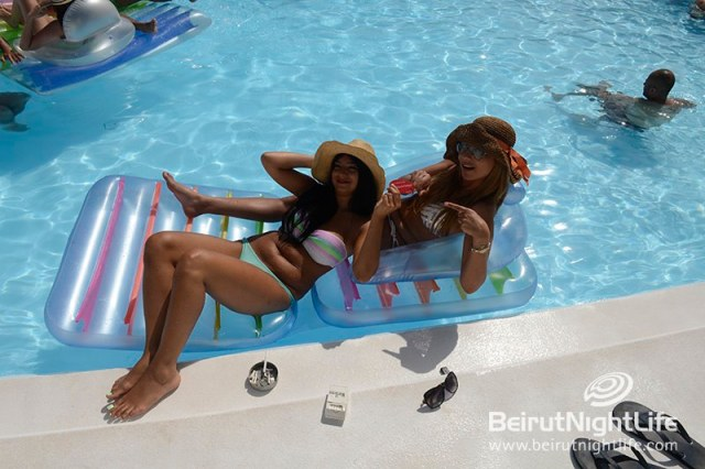 riviera-pool-party-23