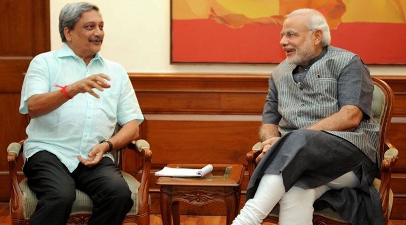 Goa-Chief-Minister-Manohar-Parrikar-with-modi
