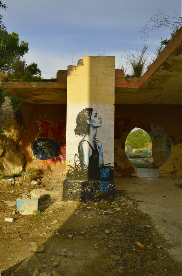 Graff Matt Malta be kitschig street art The ultimate travel tag