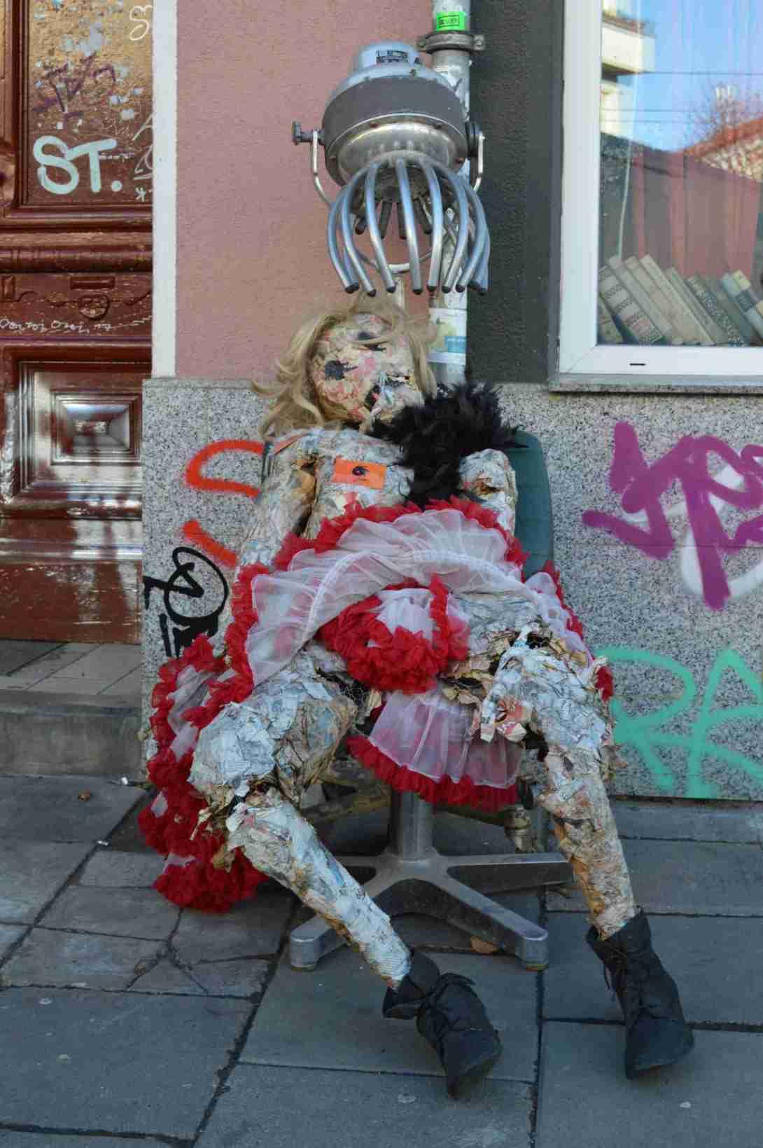 spotted odd puppet berlin danziger strasse