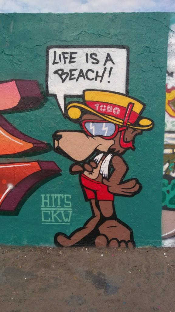 Street art berlin mauerpark Lifes a beach