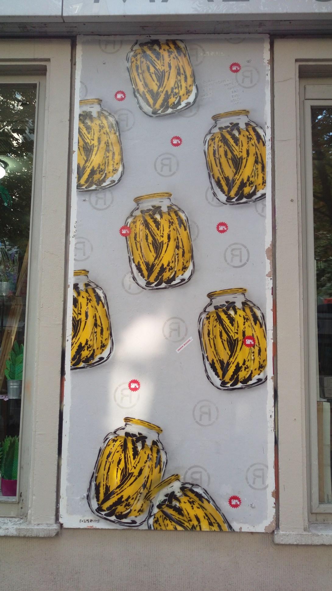 Berlin Banane Banana stencil ostap Prenzlauer Berg