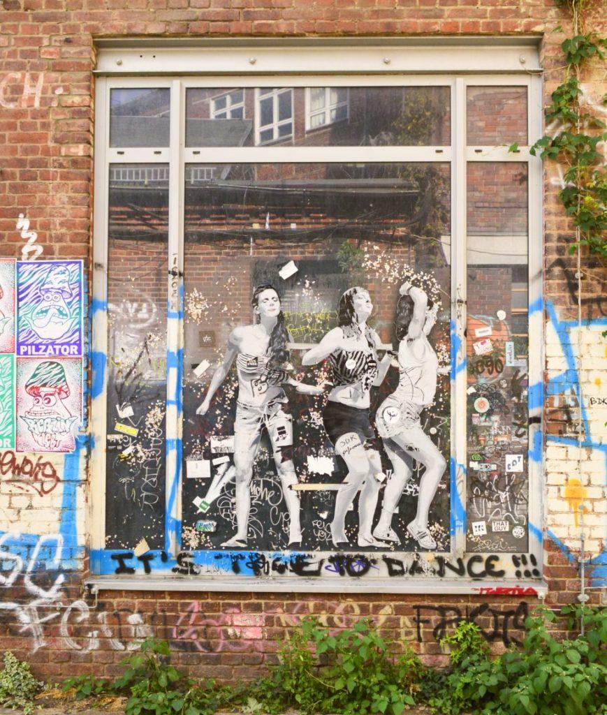 #streetart by SOBR Pilzator Postcards from Berlin #16 be kitschig blog