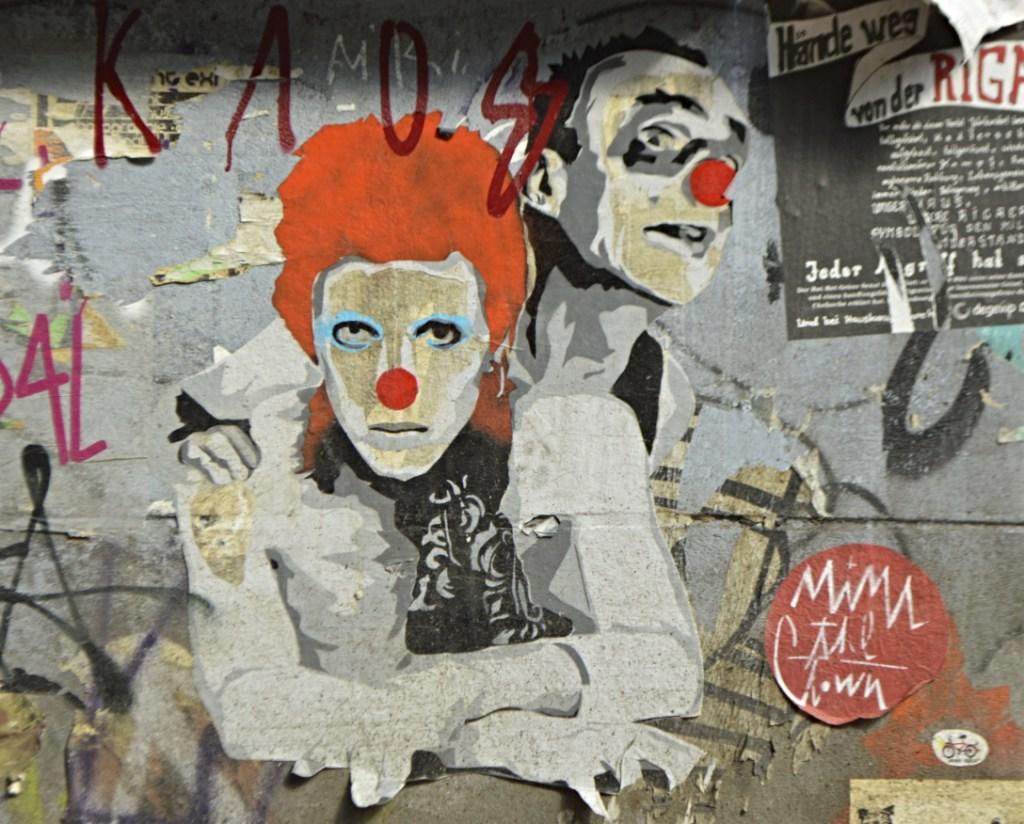 Mimi the Clown #streetart be kitschig blog Berlin Friedrichshain