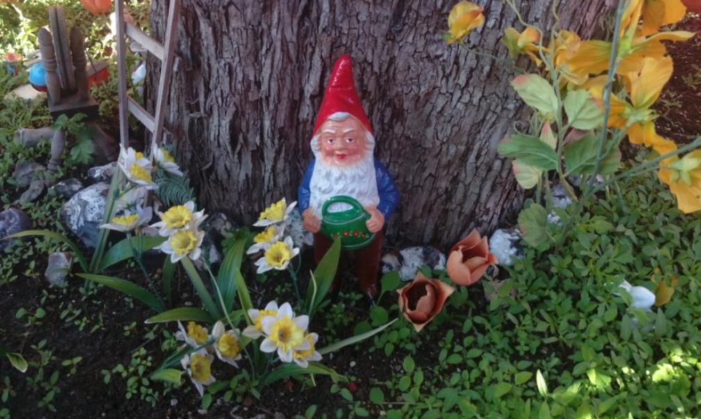 GDR garden gnome VEB orange