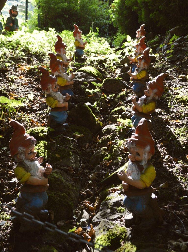 Unusual Garden Gnomes ungewöhnliche Gartenzwerge bekitschig blog Trusetal Zwergenpark