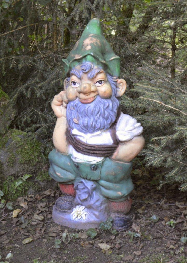 Garden Gnome Park Trusetal Thuringia travel kitschy bekitschig.blog