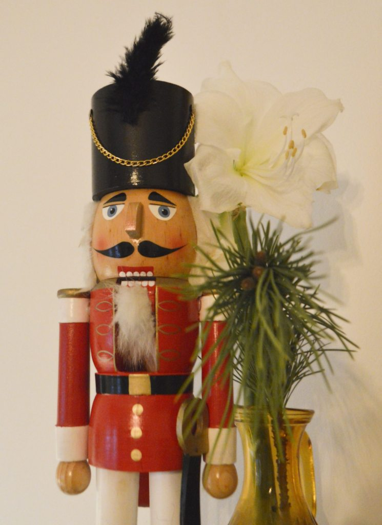 Nussknacker nut cracker  Season greatings be kitschig blog