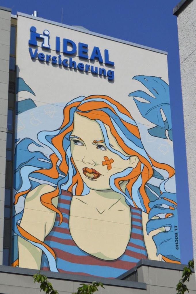 bekitschig.blog street art - Huge Mural by El Bocho Checkpoint Charlie