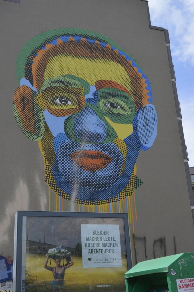 Face Time Mural by Various and Gould Berlin Kreuzberg - Heinrich Heine Straße 73 bekitschig.blog street art Berlin