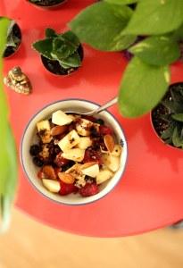 desayuno vegano con frutas
