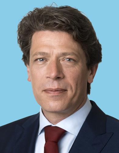 Paul Tang in Hilversum op 9 mei. - PvdA Blaricum Eemnes Laren (BEL)