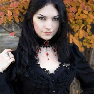 #Gothic #Beauty #Autumn #Fall