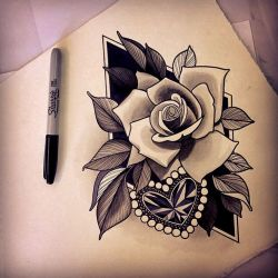 Loving this as a thigh tat without the diamond background tho