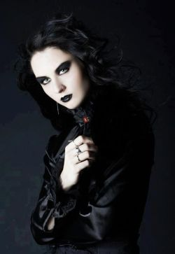 Beautiful #Goth girl