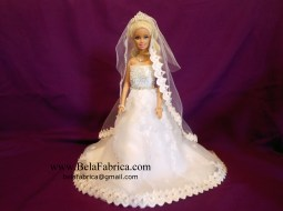 Tomasina Style 1279 Front View With Mantilla Veil